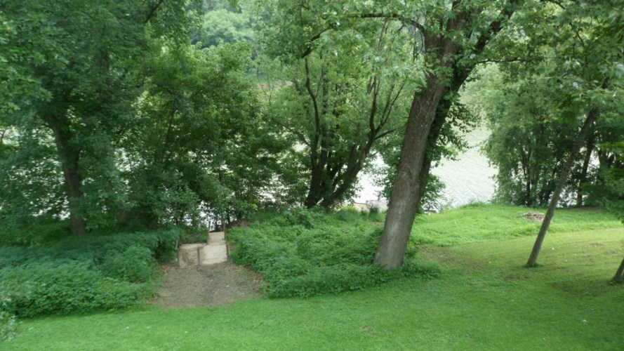 268 River Valley Road, Frankfort, KY 40601