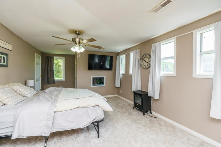 10280 Irvine Road, Winchester, KY 40391