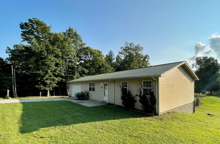1569 Brays Chapel Road, Williamsburg, KY 40769