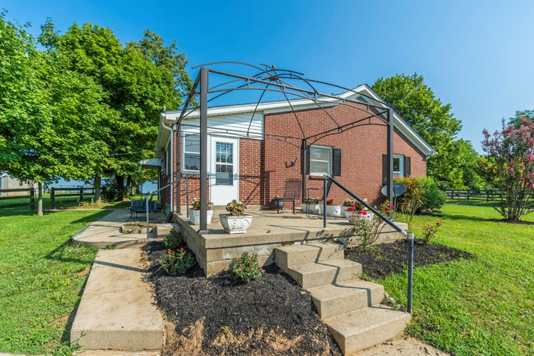 1145 McCauley Road, Wilmore, KY 40390