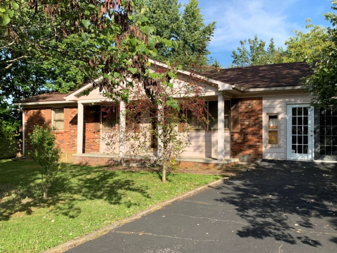 210 Lyons Avenue, Perryville, KY 40468
