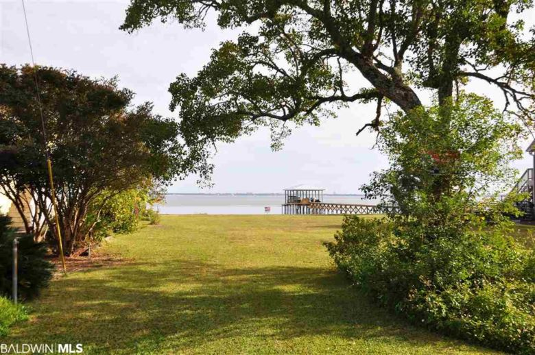 9082 Bay View Drive, Lillian, AL 36549