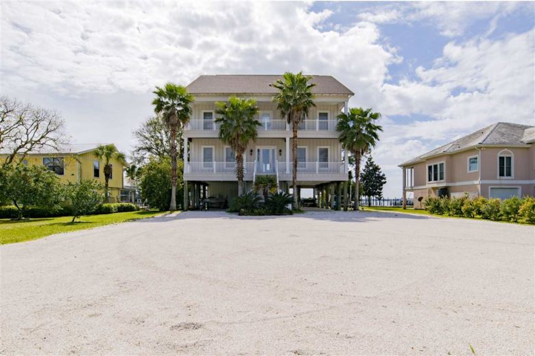 4621 Burkart Lane, Orange Beach, AL 36561
