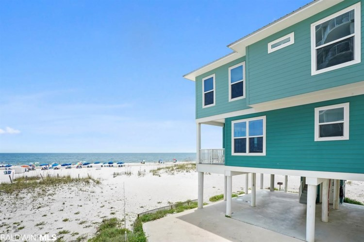 551 E Beach Blvd #1, Gulf Shores, AL 36542