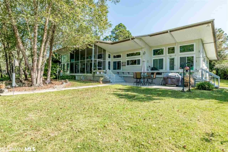 9225 Bay Point Drive, Elberta, AL 36530