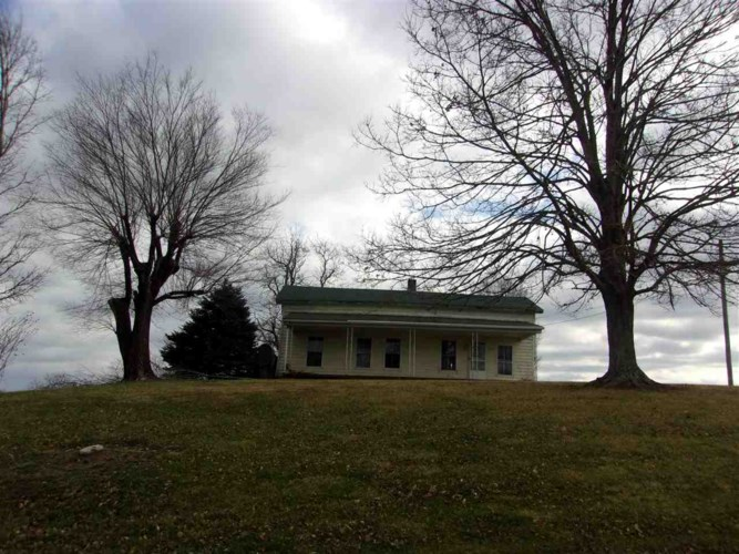 1827 Western Hills Road, Foster, KY 41043