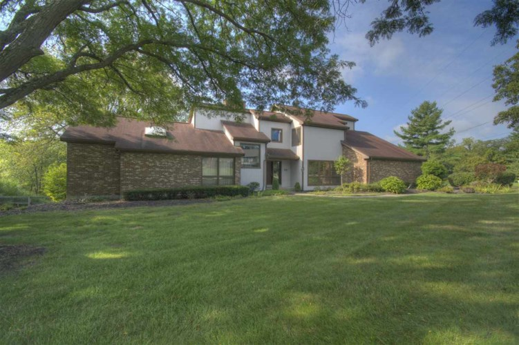 905 Squire Hill Court, Crescent Springs, KY 41017
