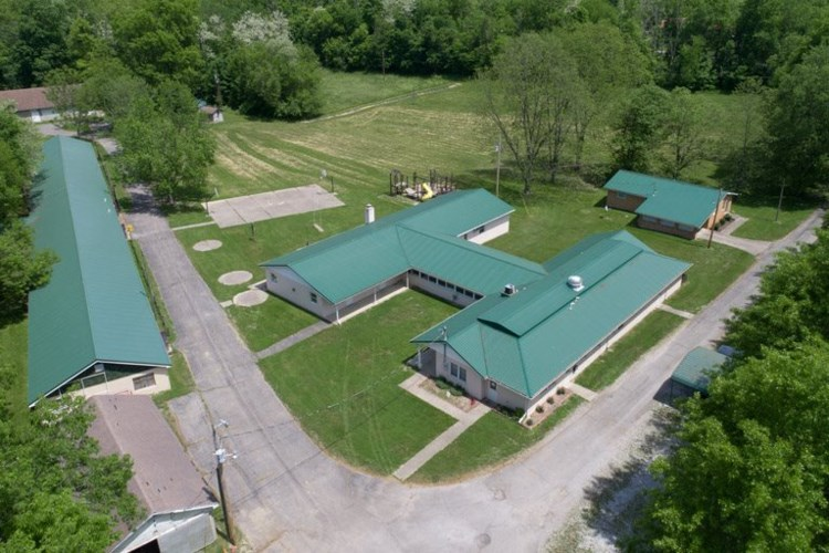 86 Oldham Drive, Falmouth, KY 41040