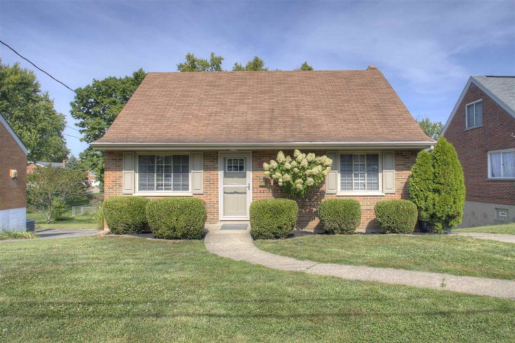 2690 Gayle Court, Lakeside Park, KY 41017