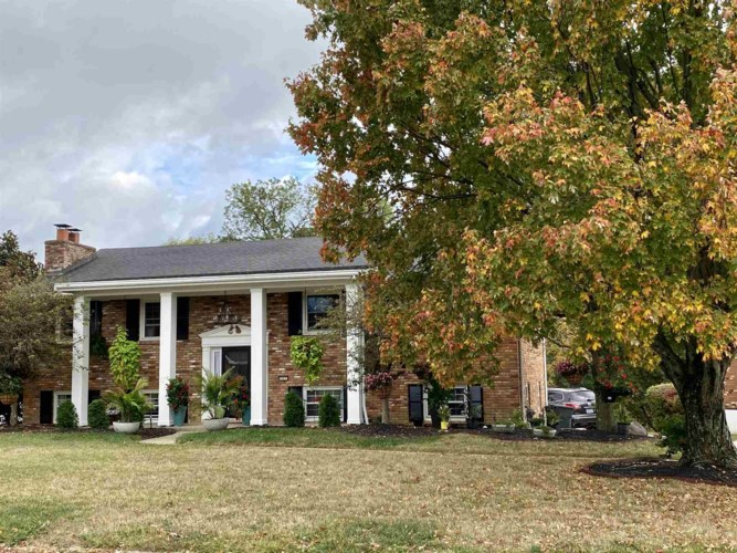 443 Fort Henry Drive, Fort Wright, KY 41011