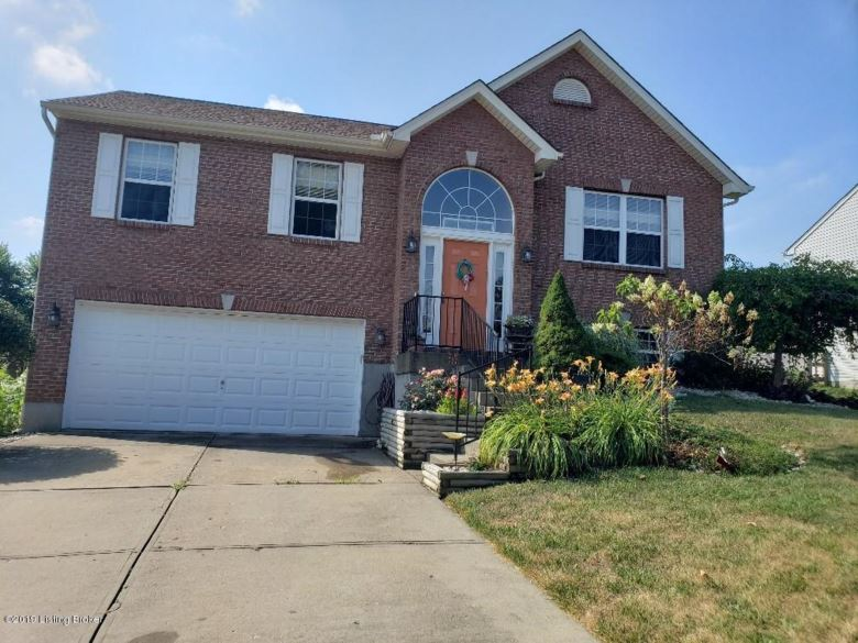 1087 Amblewood Ct, Independence, KY 41051