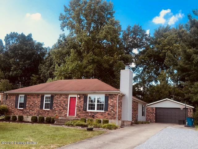 8537 Confederate Place Dr, Pewee Valley, KY 40056