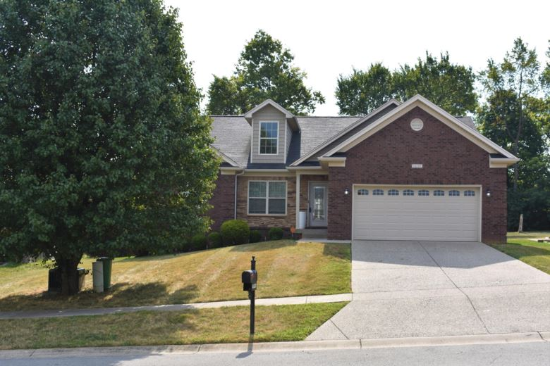 6600 Brook Valley Dr, Louisville, KY 40228