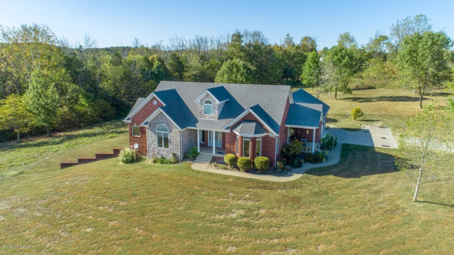 241 Spinpointe Rd, Fisherville, KY 40023
