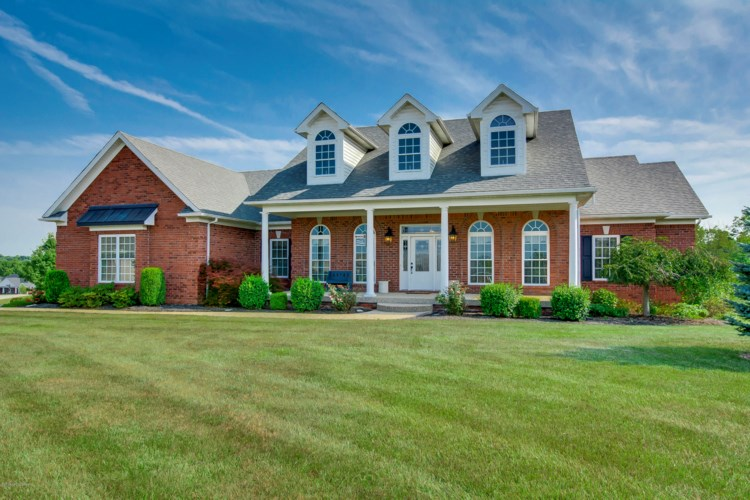 34 St James Ct, Fisherville, KY 40023