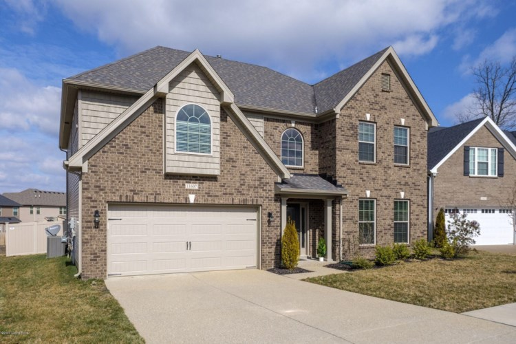 11607 English Meadow Dr, Louisville, KY 40229