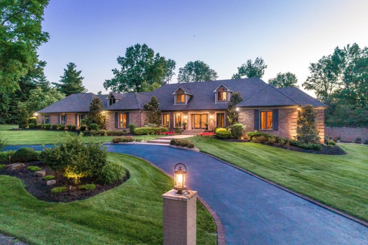 702 Rugby Pl, Louisville, KY 40222