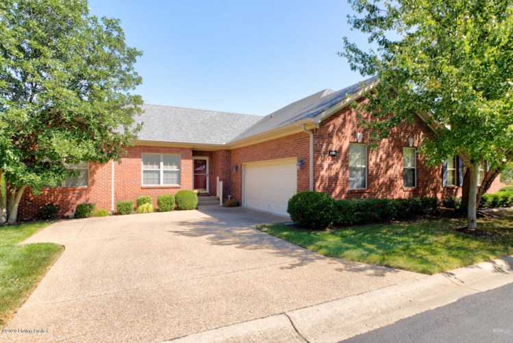4001 Sugarberry Ct, Louisville, KY 40220