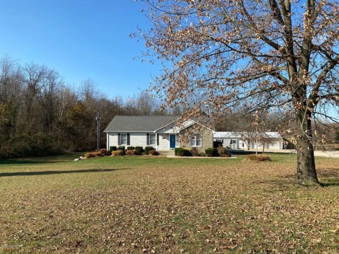 4562 hayesville Rd, Guston, KY 40142