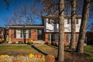 9607 Walnutwood Way, Louisville, KY 40299