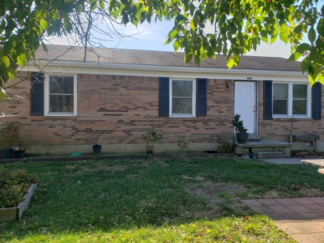 1805 Oakwood Ct, Shelbyville, KY 40065