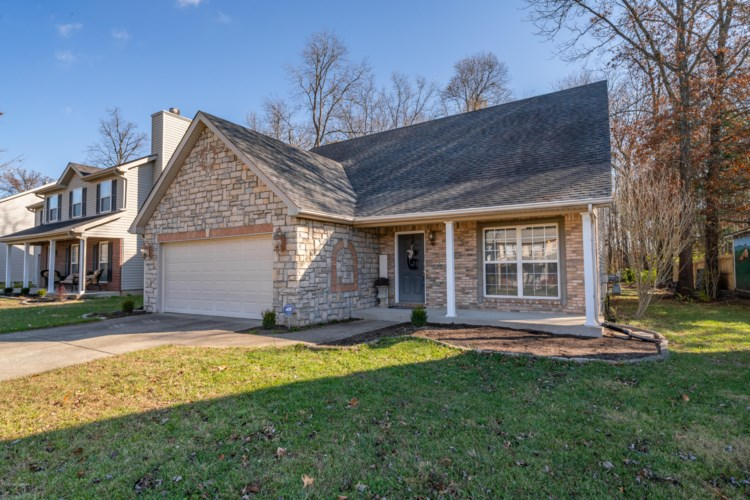 9603 Arrowridge Dr, Louisville, KY 40229