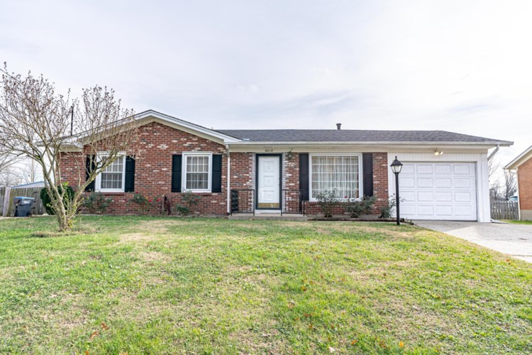 4012 Pinecroft Dr, Louisville, KY 40219