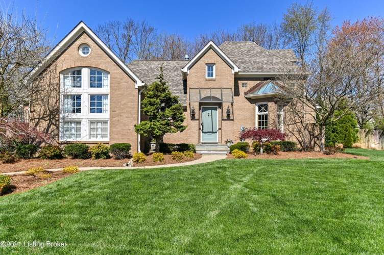 312 Coralberry Rd, Louisville, KY 40207