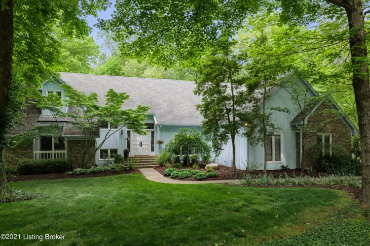 104 Sunnyside Ct, Pewee Valley, KY 40056