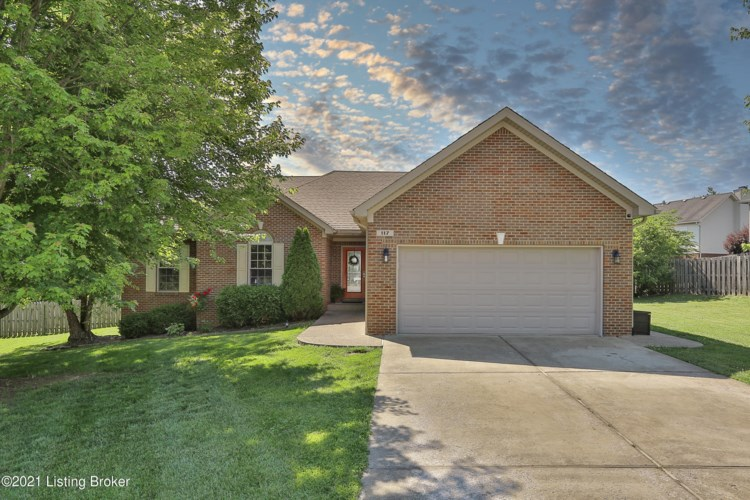 117 North Country Dr, Shelbyville, KY 40065