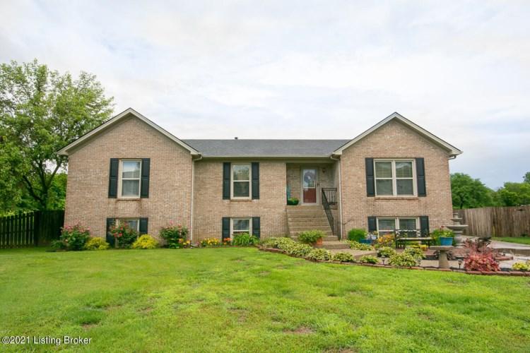 7900 Ridge Park Ct, Louisville, KY 40258