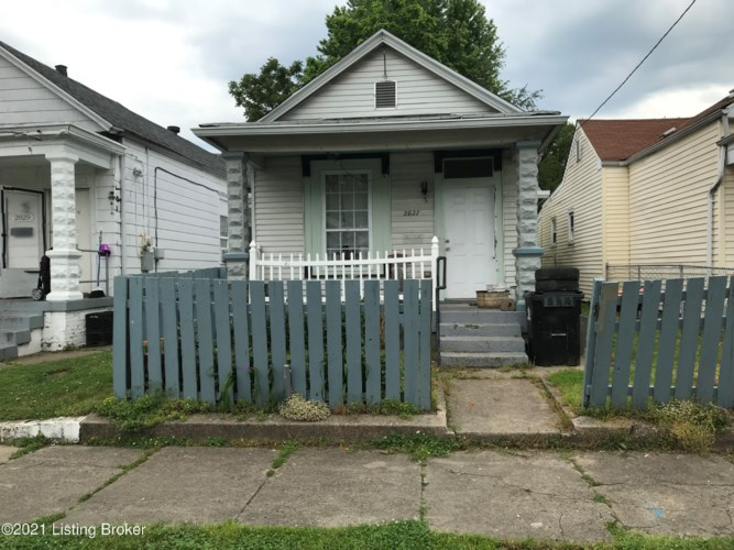 2827 Slevin St, Louisville, KY 40212