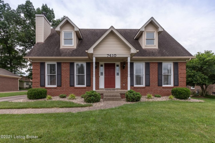 7410 Crabtree Dr, Louisville, KY 40228