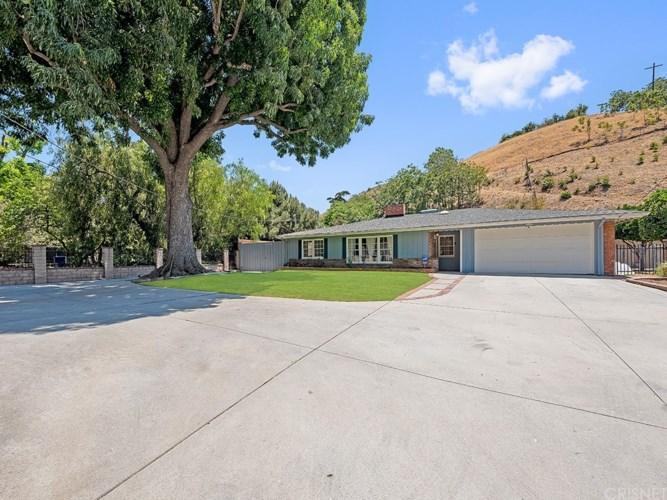 10210 WHEATLAND Avenue, Shadow Hills, CA 91040