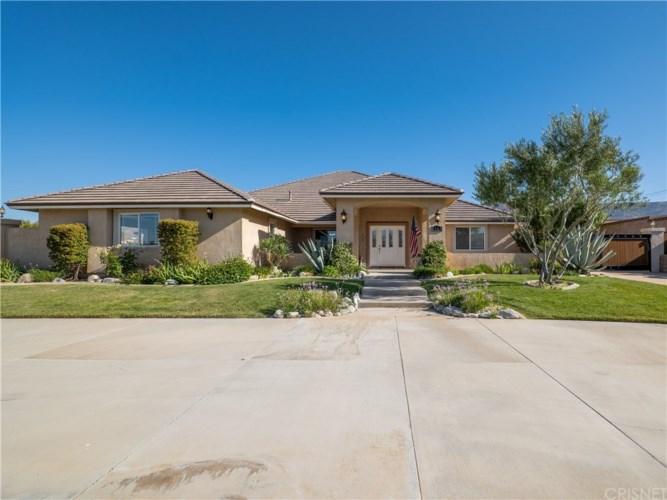 1154 Hernandez Drive, Palmdale, CA 93551