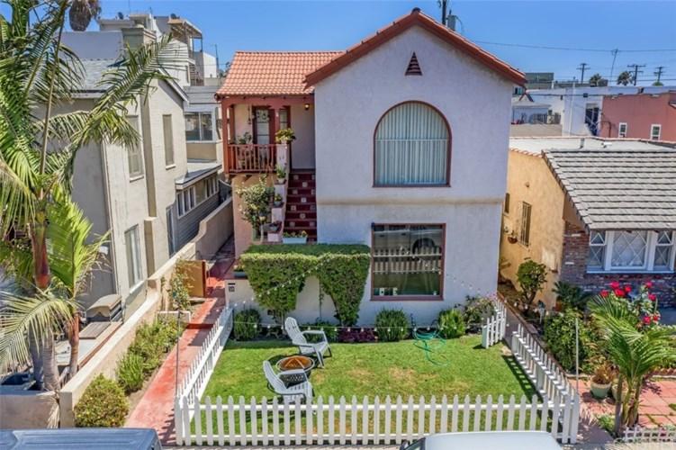36 Claremont Avenue, Long Beach, CA 90803