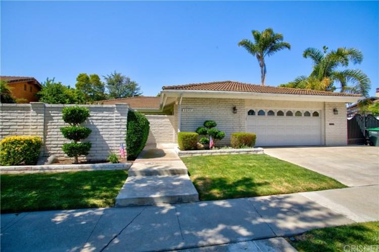 3047 Country Club Drive, Costa Mesa, CA 92626