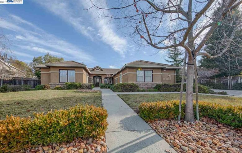 1896 Valley Of The Moon Rd, LIVERMORE, CA 94550