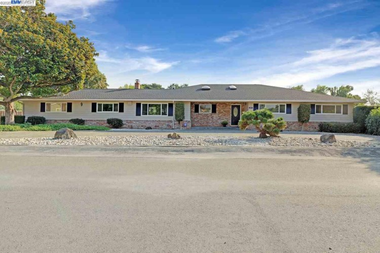 34171 Perry Rd, UNION CITY, CA 94587