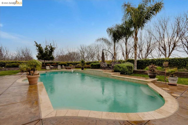 5880 Balfour Rd, BRENTWOOD, CA 94513