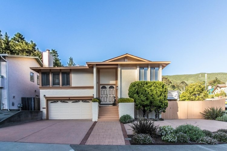 2 Cape Breton CT, PACIFICA, CA 94044