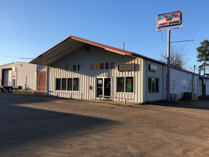 502 A OLD MORTON RD, Forest, MS 39074
