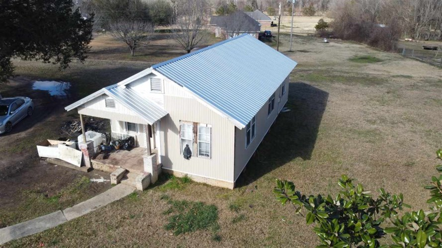 3264 OLD JACKSON RD, Terry, MS 39170