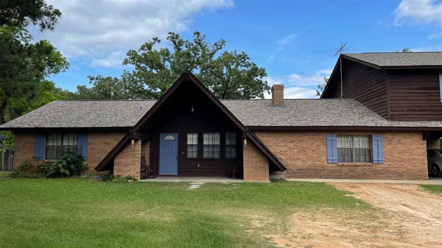 131 E COUNTY LINE RD, Forest, MS 39074