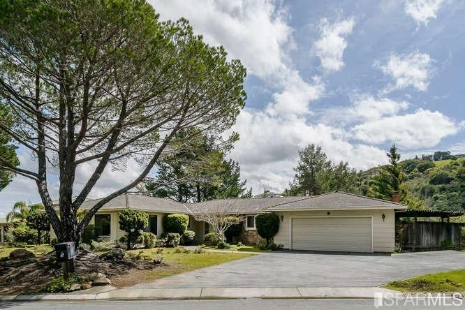 5 Lohoma Court, Hillsborough, CA 94010