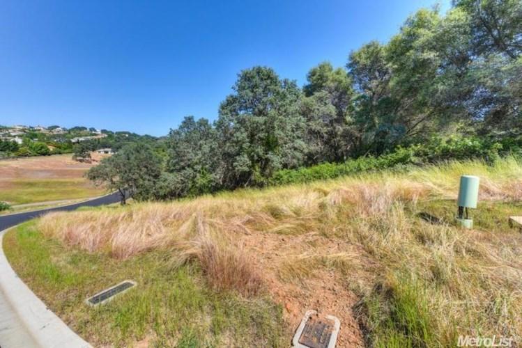 6084 Western Sierra Way, El Dorado Hills, CA 95762