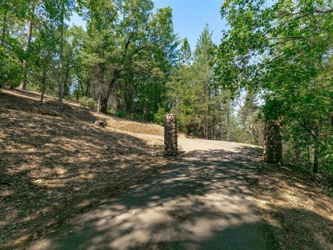 2420 Pleasant Valley Road, Placerville, CA 95667