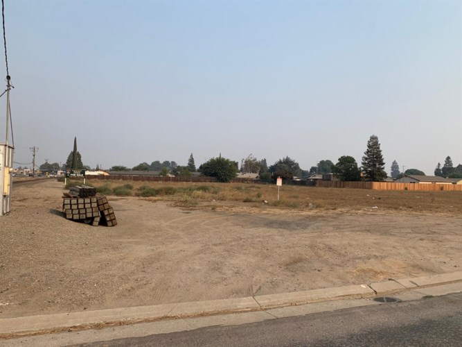 1310 Irwin Avenue, Escalon, CA 95320