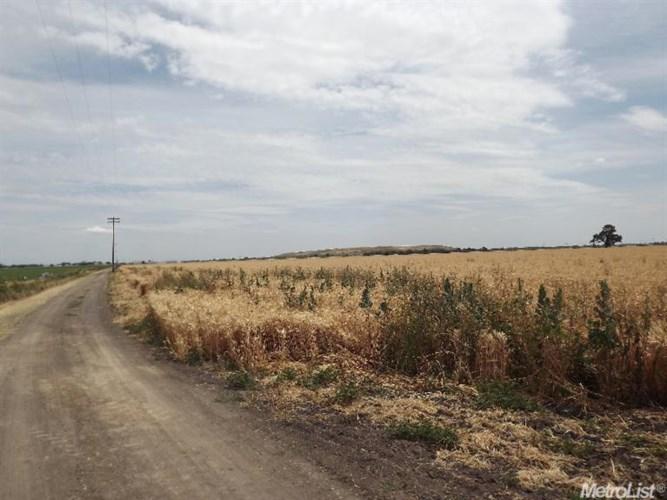 8086 S State Route 99 E Fron Road Highway, Stockton, CA 95297
