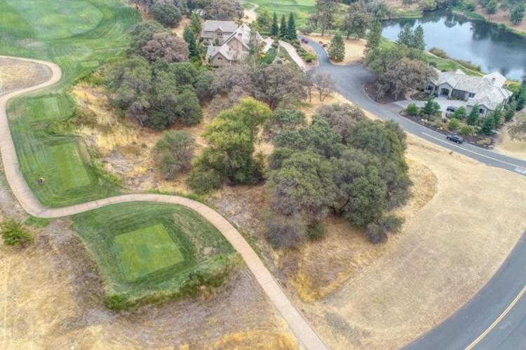 2405 Wild Lilac Ct, Meadow Vista, CA 95722